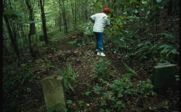 On the Disappearing Rural Cemetery