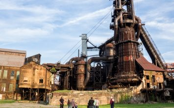 Pittsburgh's Carrie Furnace Shows the Good and Bad of Industrial History